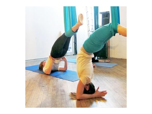 aerial yoga3