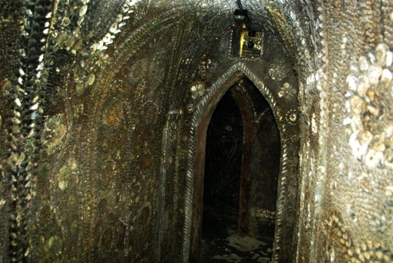 shell grotto